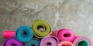 yogamatten met verschillende afmetingen
